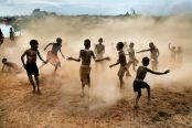 Steve McCurry - Kara children at play, Omo Valley, Ethiopia, 2012