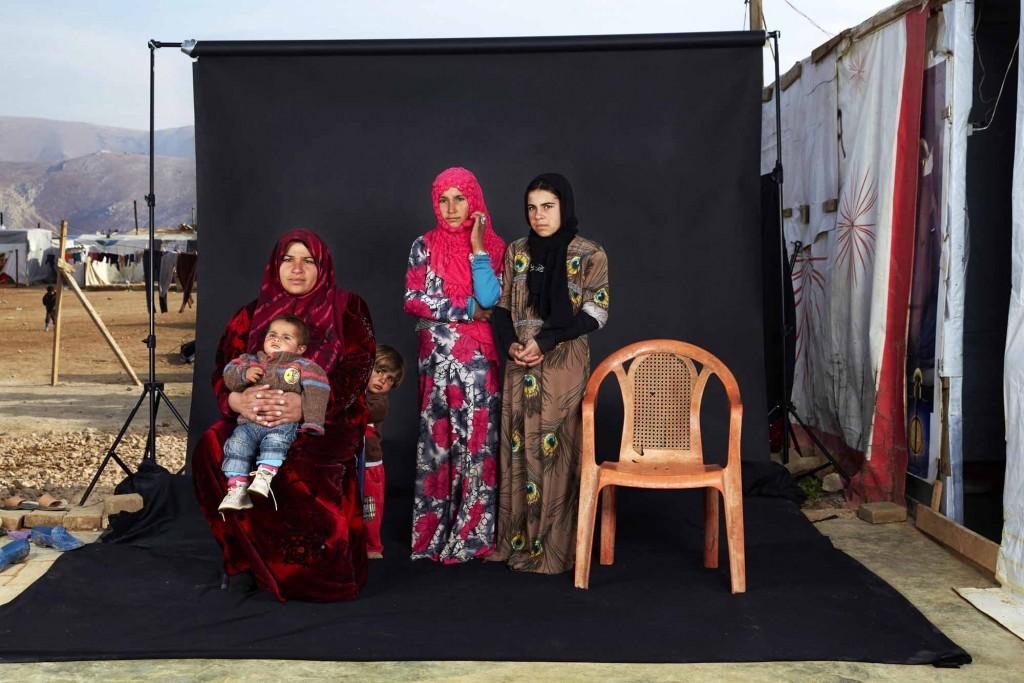 Dario Mitidieri Lost Family Portraits